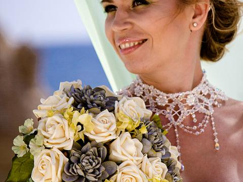Wedding style in Cyprus