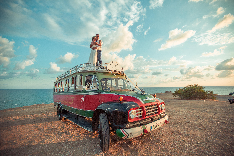 Свадьба на Кипре, традиционный автобус