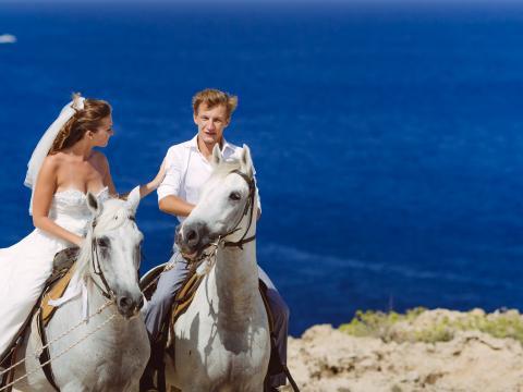 свадьба на Кипре, катание верхом